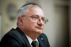 Krzysztof Bondaryk, były szef ABW, wezwany przez białostocką prokuraturę. Tuż przed przesłuchaniem opublikował oświadczenie.