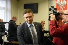 Sędzia Paweł Juszczyszyn został odwołany z delegacji do sądu okręgowego po tym, jak wezwał dyrektora Kancelarii Sejmu do dostarczenia utajnionych list poparcia kandydatów do nowej, wybieranej przez polityków KRS.