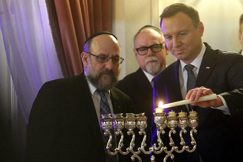 W rozmowie z naTemat.pl naczelny rabin Polski podkreśla, że woli skupiać się na dalszym budowaniu dobrych relacji polsko-żydowskich.