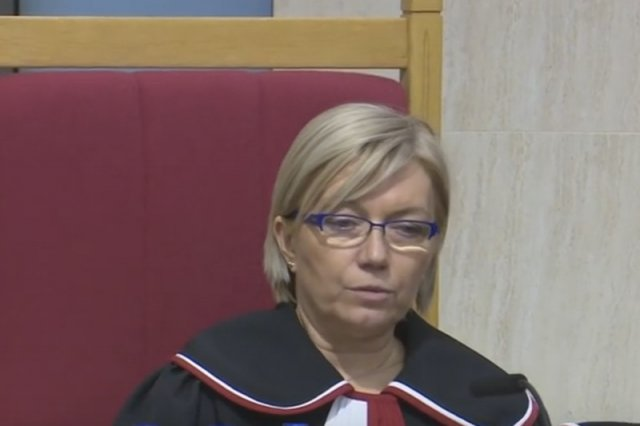 Sędzia Julia Przyłębska ma zastąpić prezesa Trybunału Konstytucyjnego Andrzeja Rzeplińskiego.