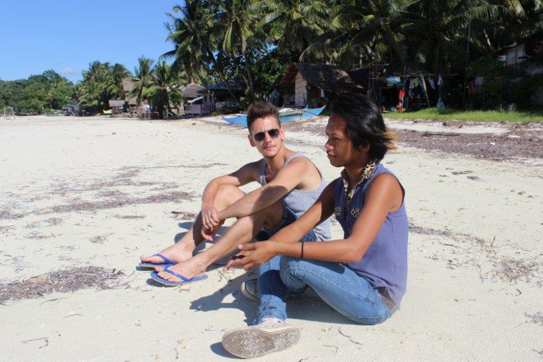 """Ladyboy z Filipin o dyskryminacji, miłości i kobiecości. """"Gdybym mogła, zoperowałabym się jeszcze dziś""""."""