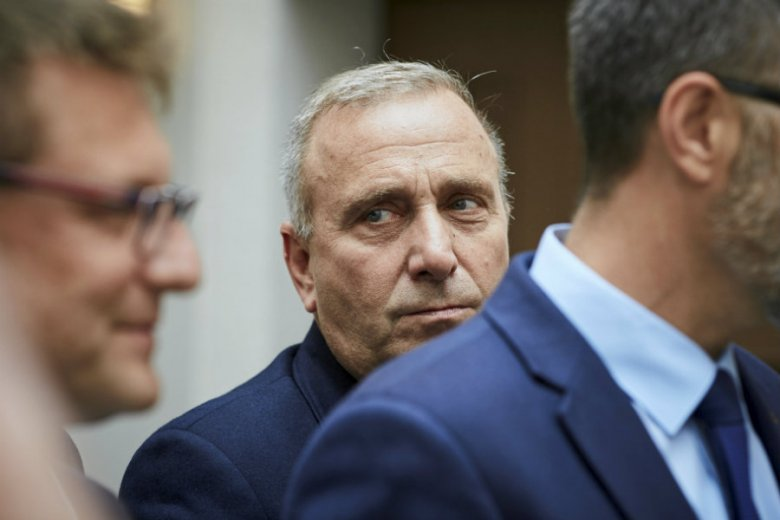 Grzegorz Schetyna odwołał czwartkowe posiedzenie klubu parlamentarnego PO.