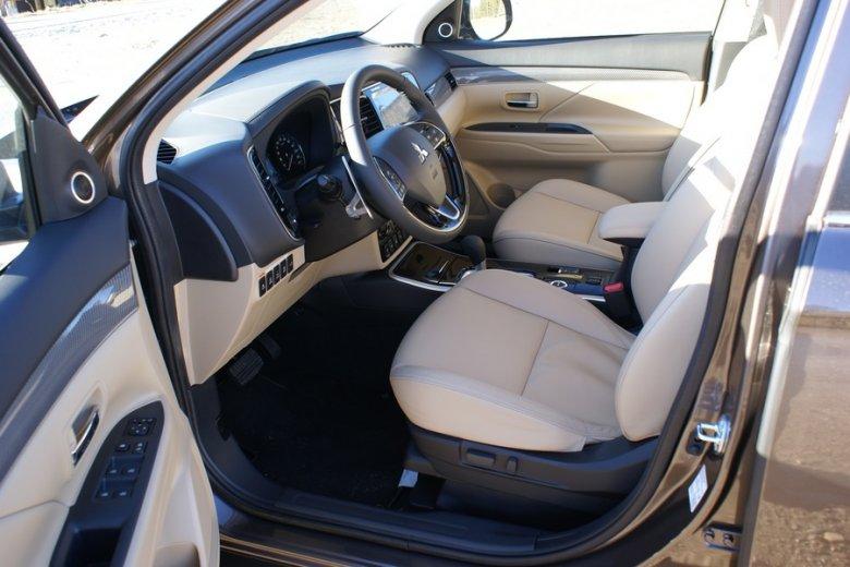 Mitsubishi Outlander MY19 CVT Instyle Plus