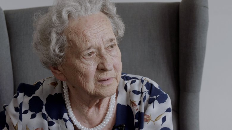 """Irena Paśnik, pseudonim """"Irka"""" w Powstaniu Warszawskim była sanitariuszką i łączniczką. Walczyła na Mokotowie (pułk """"Baszta"""", kompania """"Krawiec"""")."""