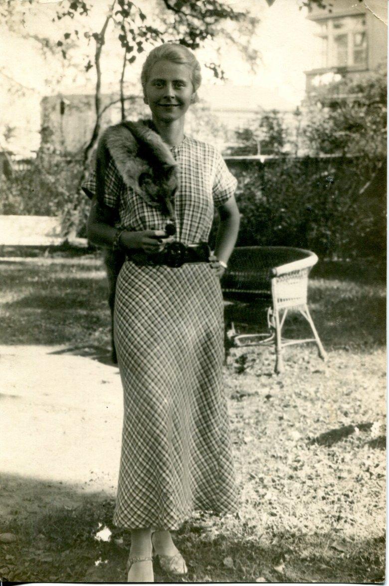 Elżbieta Kossak, matka Simony, słynęła z wyjątkowej urody i klasy.