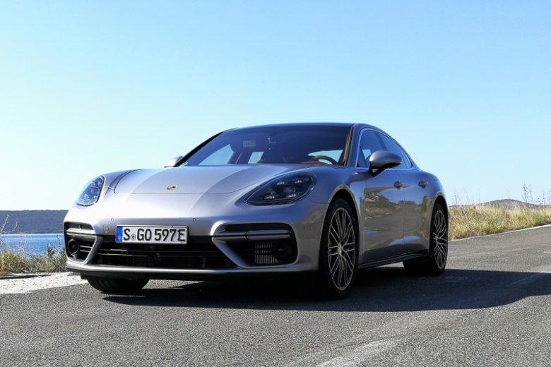 Ceny Porsche Panamera S E-Hybrid zaczynają się od 908 tys. złotych.