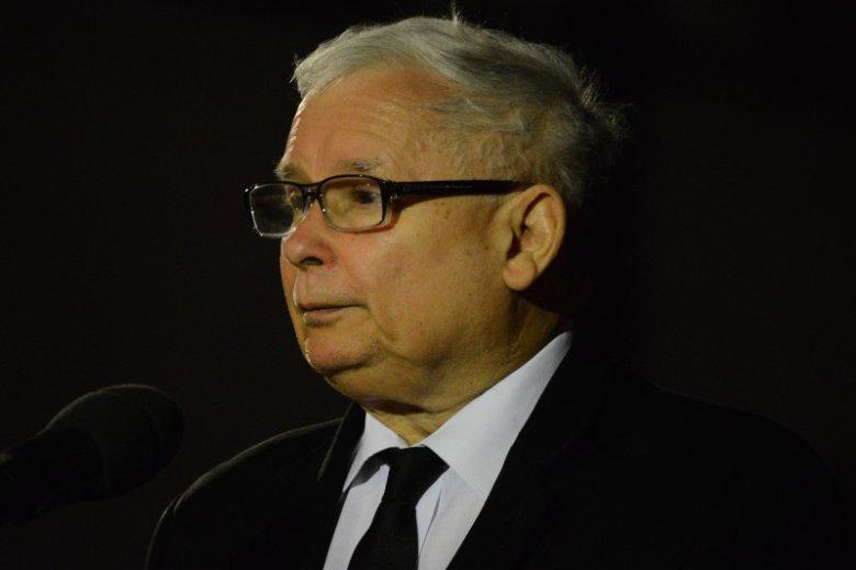 Jarosław Kaczyński najważniejsze decyzje w państwie podejmuje w mieszkaniu Anny Bieleckiej.