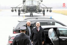 Tym razem Antoni Macierewicz chyba nie kręcił w sprawie śmigłowców. MON poinformował o uruchomieniu procedury zakupu kilku maszyn.