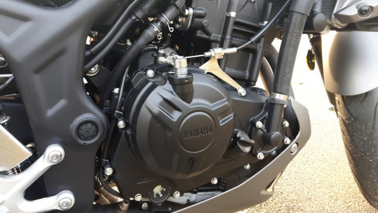 Ten sam silnik montowany jest do YZF-R3. Tak naprawdę te modele więcej łączy niż dzieli.
