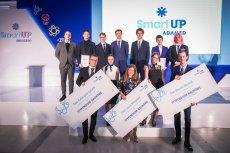 Tegoroczni laureaci nagrody głównej i stypendyści programu ADAMED SmartUP.