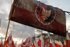 Dyrektora szkoły w Stalowej Woli wywołała burzę ogłoszeniem ONR. W mieście, bastionie PiS, powstało ostatnie wiele organizacji patriotycznych.