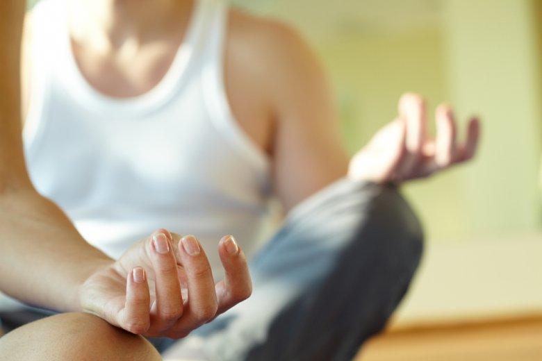 Dla wielu [url=http://tinyurl.com/mfxpxlr]obgryzanie[/url] paznokci jest sposobem na stres.