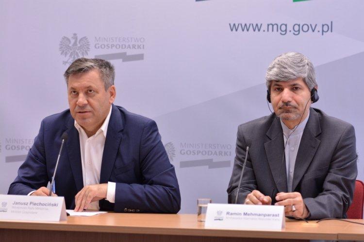 Konferencja prasowa Ministerstwa Gospodarki na temat współpracy polsko-irańskiej.