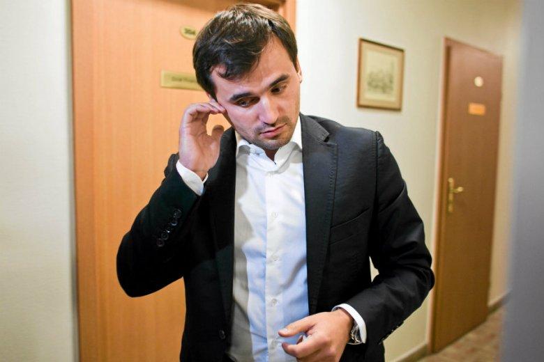Jest akt oskarżenia przeciwko Marcinowi Dubienieckiemu, który miał wyłudzać pieniądze z Państwowego Funduszu Rehabilitacji Osób Niepełnosprawnych.
