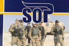 SOP zachęca do wstąpienia w swoje szeregi. Na zdjęciu są oficer i minister, którzy zginęli w katastrofie smoleńskiej.