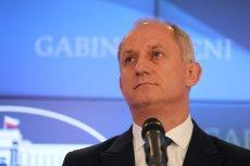 Szef klubu parlamentarnego PO Sławomir Neumann ostro skrytykował słowa rzeczniczki PiS Beaty Mazurek o ataku Młodzieży Wszechpolskiej na KOD.