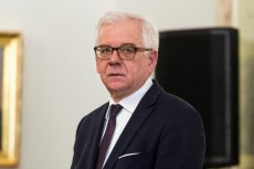 Ministerstwo Jacka Czaputowicza potwierdza zarzuty wobec polskiej ambasador w Czechach.