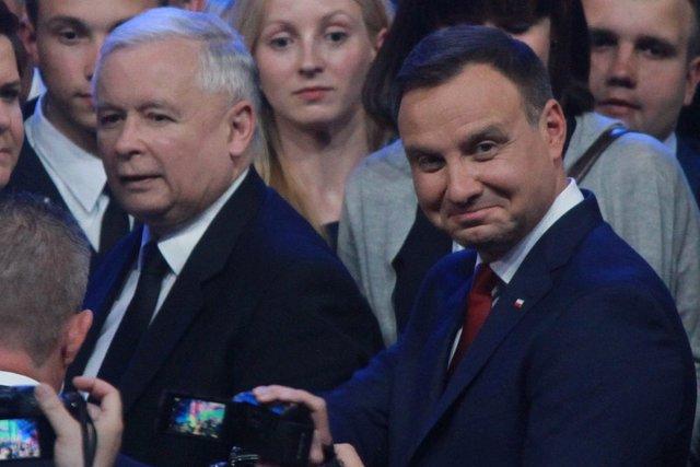Kaczyński i Duda zagrażają demokracji?