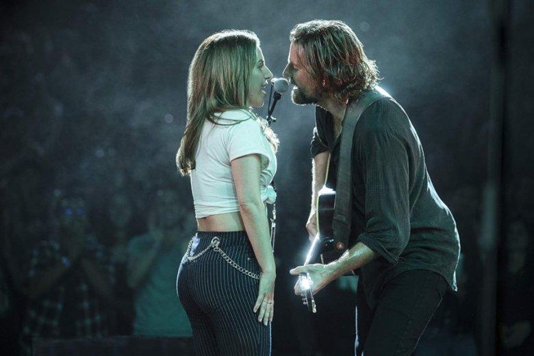 Akademia liczy na to, że Lady Gaga i Bradley Cooper przyciągną widzów przed ekrany