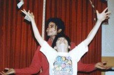 James Safechuck wyznał, że był w dzieciństwie molestowany przez Michaela Jacksona.