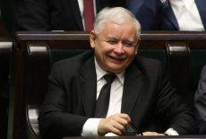 Jarosław Kaczyński wiedział, że obcięcie pensji zostanie dobrze odebrane przez wyborców.