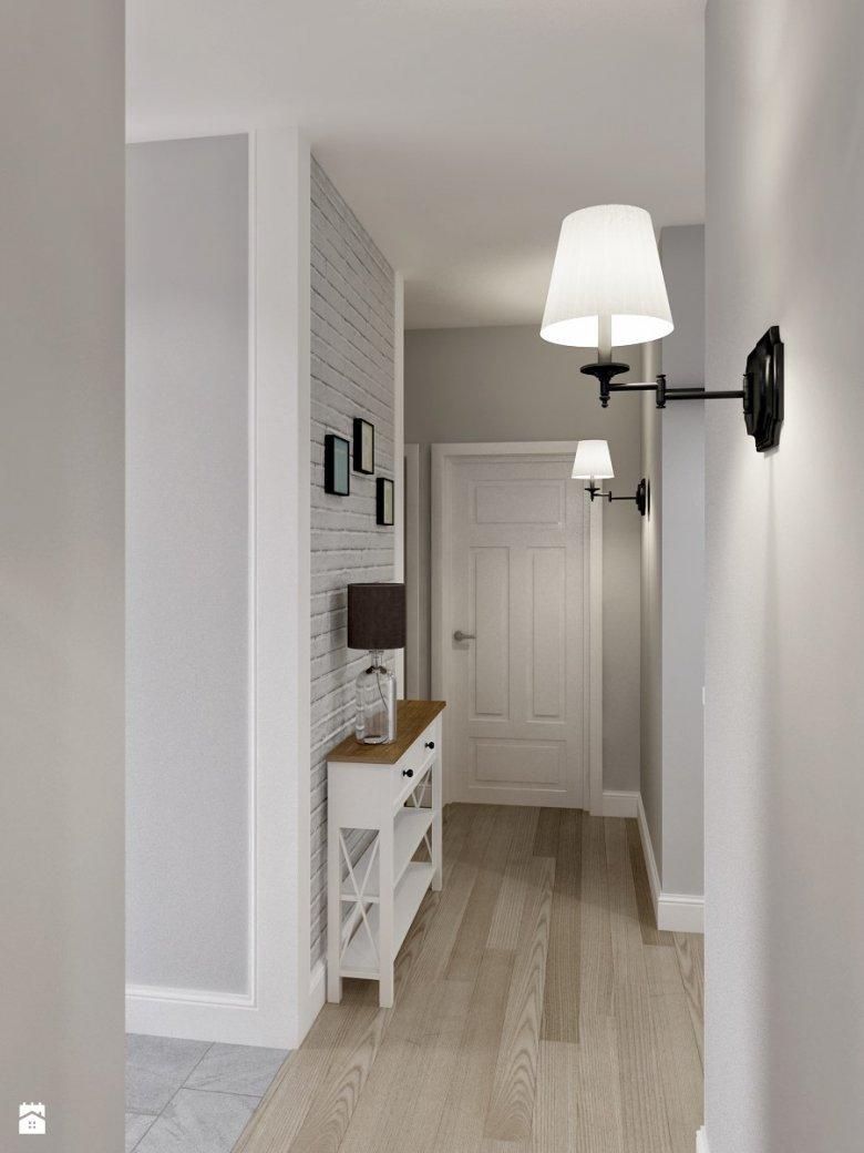 Białe listwy przypodłogowe pięknie podkreślą kolor ścian i nadadzą wnętrzu elegancji.
