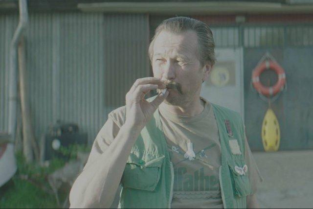 """Internetowa pasta """"o ojcu wędkarzu"""" doczeka się filmowej ekranizacji. Fanatyka wędkarstwa zagra Piotr Cyrwus. Premiera jeszcze w tym roku."""