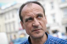 Paweł Kukiz nie ma ostatnio dobrej passy, ale dr Kornel Morawiecki uważa, że muzyk ma jeszcze szansę namieszać w polityce.