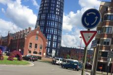 Mężczyzna zaatakował dwie policjantki w Belgii.