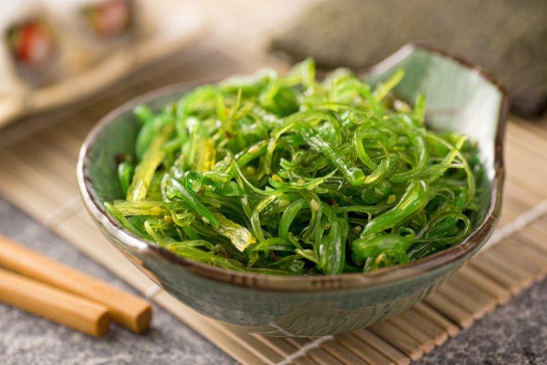 """Algi wakame to kolejny """"sekretny"""" składnik, który powinniśmy włączyć do swojej diety"""