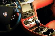 Zaczynają się mnożyć odwołania od konieczności zapłacenia przez firmy abonamentu za radio w służbowym aucie.