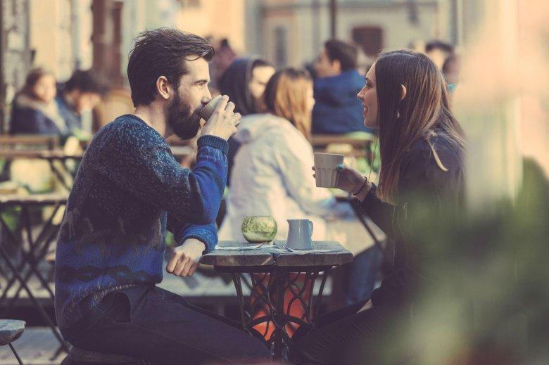 Kawowa socjalizacja? Ten napój od dawna pozwala nawiązywać znajomości