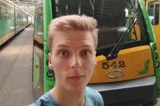 Aleksander Gajewski to motorniczy z Poznania, który jest gejem. Zapowiada w ramach protestu jazdę z tęczową chorągiewką.