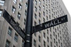 O aferze KNF wieści dotarły już nawet na Wall Street. Inwestorzy mają być informowani o skali korupcji w Polsce, aby mieli pełną świadomość ryzyka inwestycyjnego w naszym kraju.