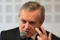 """Piotr Gliński twierdzi, że nie dał ani grosza na """"Kler""""."""