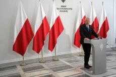 Były już marszałek Senatu Stanisław Karczewski na konferencji prasowej.