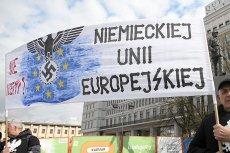 PiS od lat zdaje się przygotowywać grunt pod polexit. W to, że Polska opuści UE wierzy Nigel Farage, który rozpoczął dążenia do brexitu.