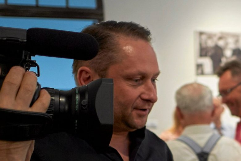 Kamil Durczok uroczyście zaprezentował swój portal. Jutro rankiem Silesion.pl zaczyna emisję programów.