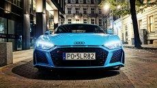 Nowe Audi R8 w kolorze Riviera Blue. Choć generalnie to po prostu kolor... smerfowy.
