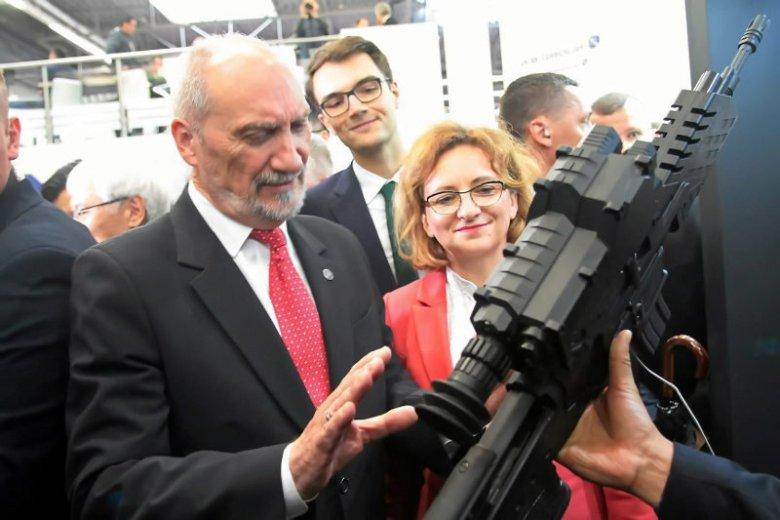 Antoni Macierewicz chce strzelnicy w każdym powiecie.