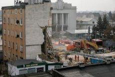 Rozpoczął się proces 34-latka oskarżonego o wysadzenie kamienicy w Poznaniu.