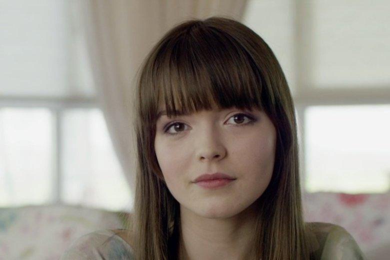 Maja Szopa pochodzi z Katowic. Za rolę w rosyjskiej produkcji została wyróżniona na festiwalach filmowych w Montrealu i Soczi