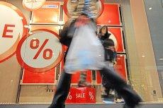Aż kilkanaście dni w roku zmusza handlowców do zamknięcia sklepów ze względu na święta.
