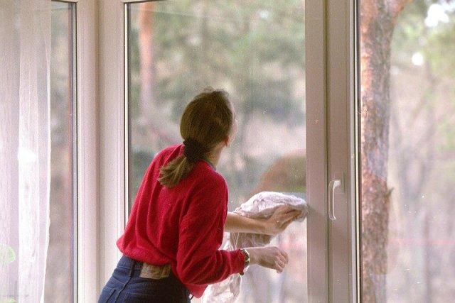 Okna można równie dobrze umyć po świętach.