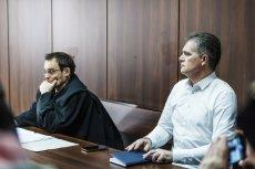 Roman Kołbuc na ławie oskarżonych opolskiego sądu. Tym razem zapadła prawomocna decyzja o umorzeniu postępowania karnego w sprawie nawoływania do nękania m.in. wiceministra Patryka Jakiego.