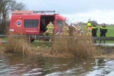 Samochód z czterema Polakami wpadł do kanału. Nikt nie przeżył.