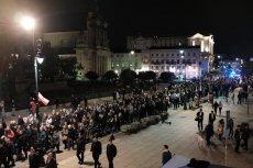 Na miasto wyszły tłumy.