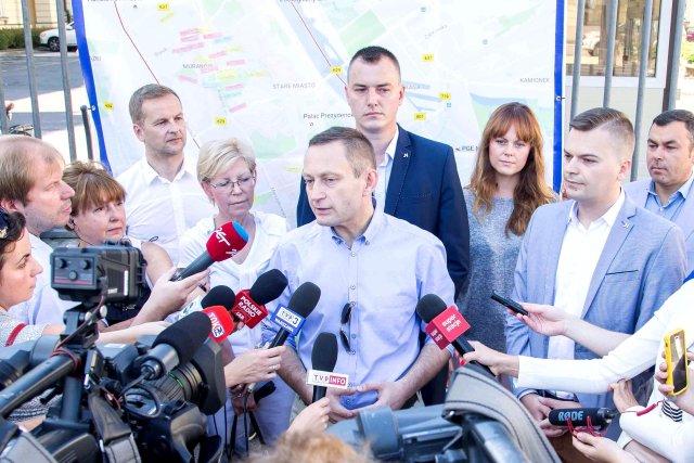 """Konferencja """"Mapa potrzeb Warszawy"""" pod ratuszem"""