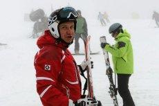 Andrzej Duda nie pojechał w tym sezonie na narty, bo ma problemy z kolanem.