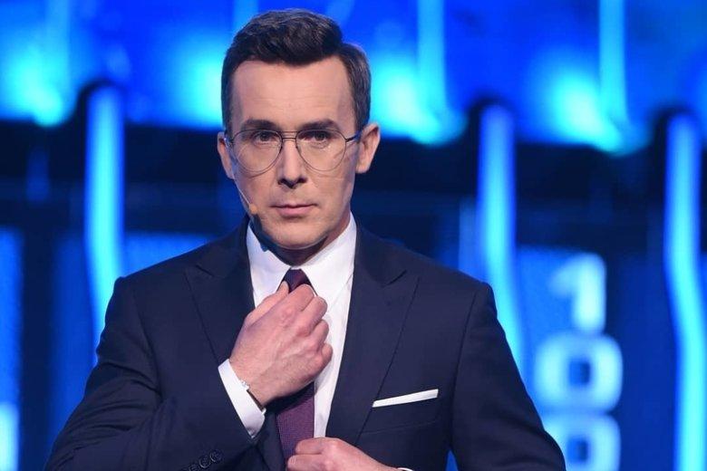 """Kurzajewski prowadził program """"The Wall""""."""
